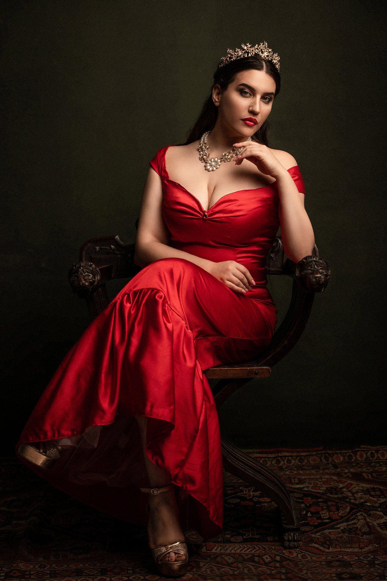 VENUS Gallery - Annalinda Barini Model