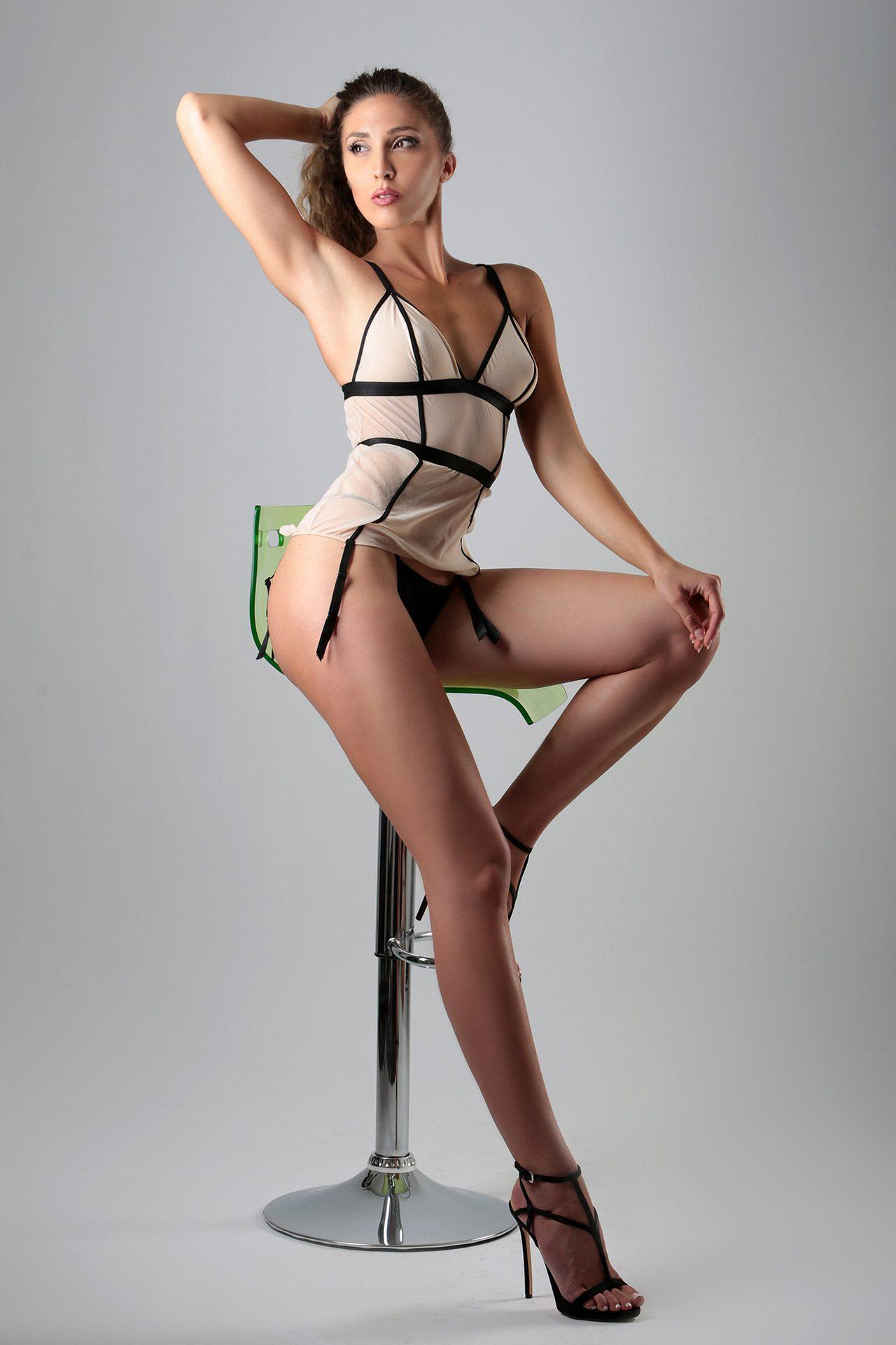VENUS Gallery - Celeste Silvestro Model