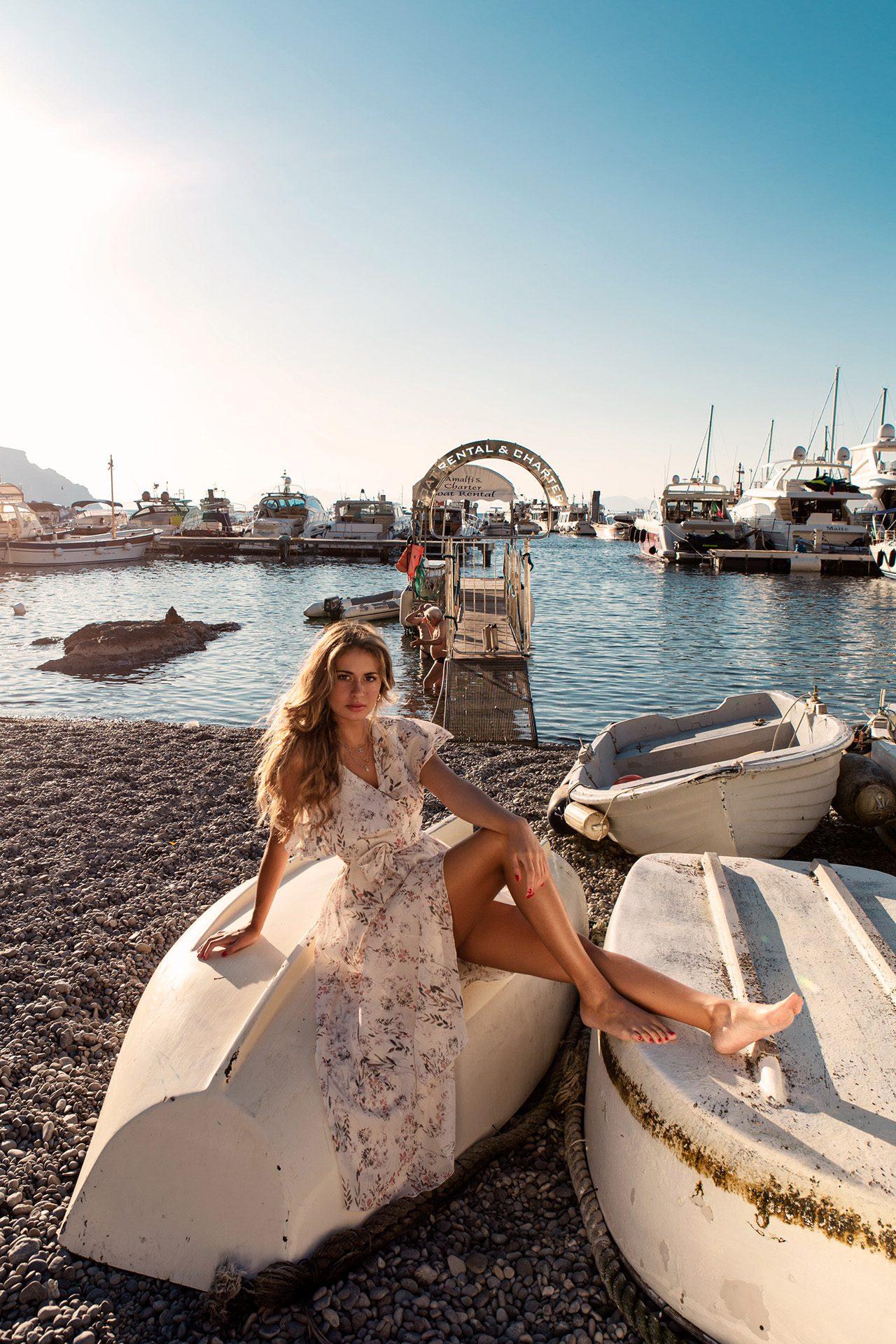 Chiara Stile - Tv Host, Journalist and Fashion Addicted