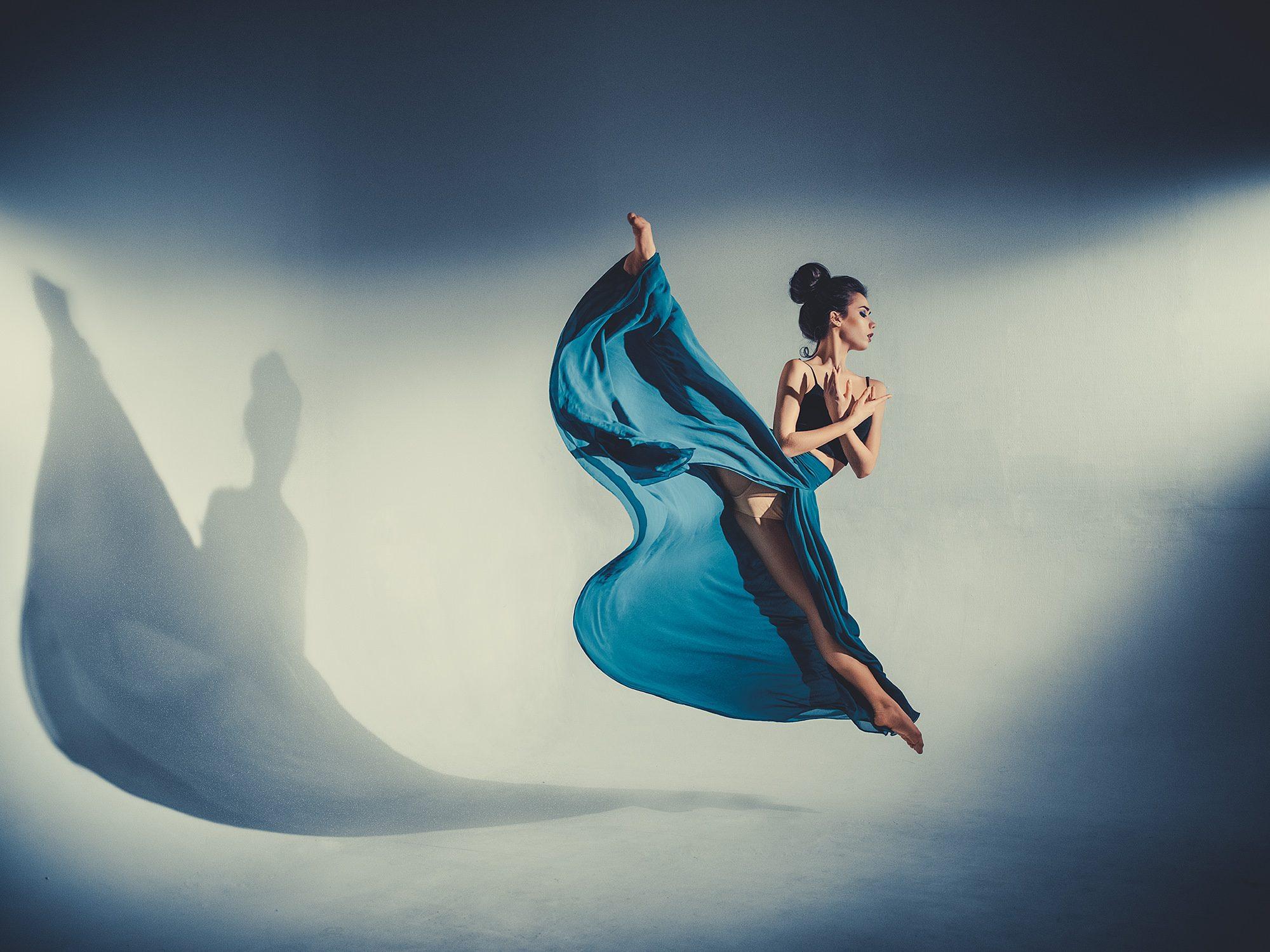VENUS Gallery - Dan Hecho