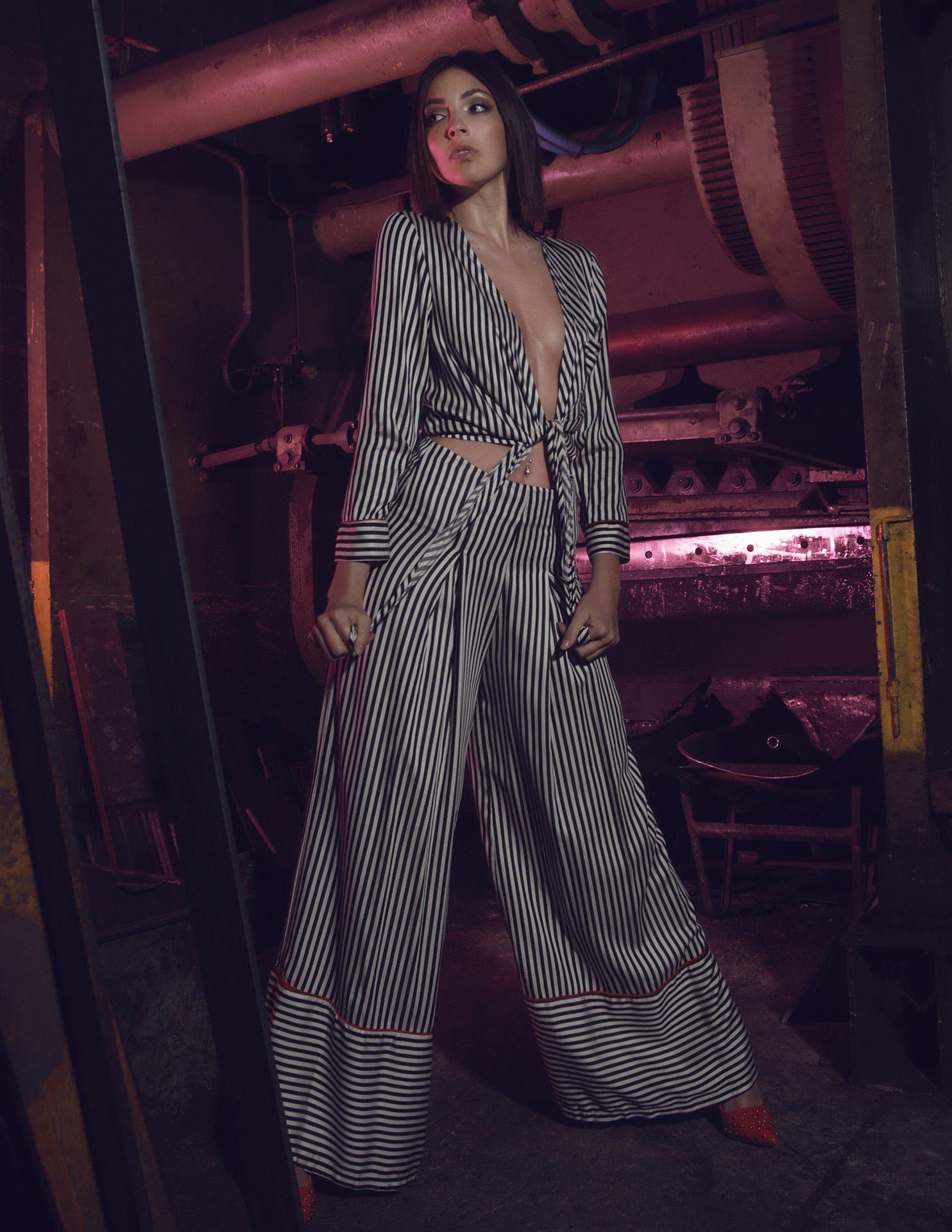 VENUS Gallery - Erika Albonetti Model